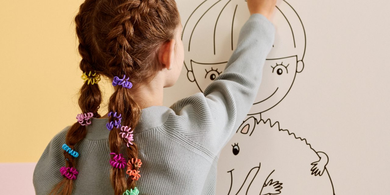 invisibobble Announces Limited-Edition Partnership with Crayola