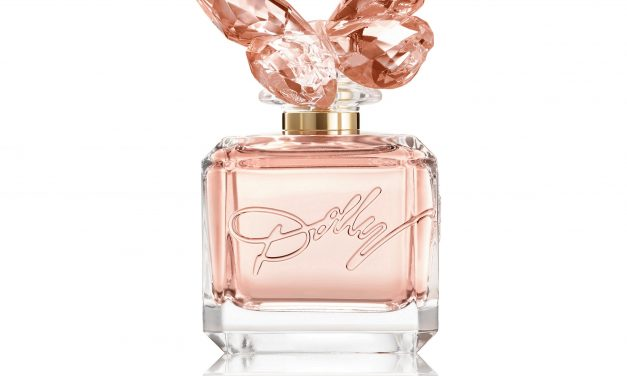 Dolly Parton Releases First-Ever Signature Fragrance